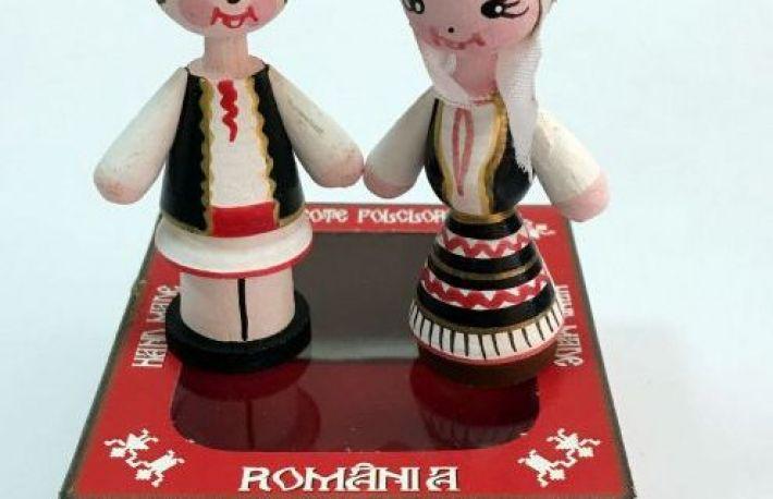 De Ce Sa Alegi Marturii Figurine Traditionale