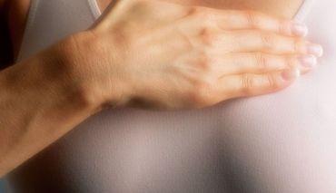 Remedii naturiste pentru durerile de sani