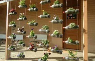 Cum se face o gradina verticala din sticle de plastic #Gradina #GradinaVerticala