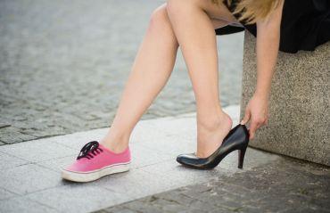 Ce fel de pantofi reduc durerile de spate #TipPantofi #DureriSpate