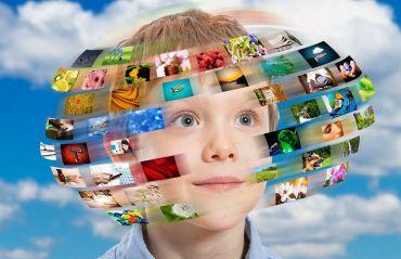 Cum sa-ti feresti copilul de pericolele tehnologiei moderne  #Copii #TehnologieModerna