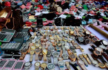 Cum arata piata produselor contrafacute din Romania #ProduseContrafacute #PiataNeagra