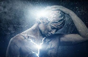 Cum sa elimini energia negativa. 4 obiceiuri care distrug viata #EnergieNegativa #Sentimente