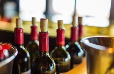 Cum si cand sa imbuteliezi vinul #Vin #VinImbuteliere