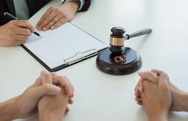 Cum sa pastrezi numele dupa divort #Divort #PastrareNume