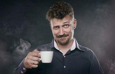 6 semne ca bei prea multa cafea #Cafea #CafeaConsum