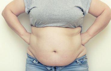 Cum sa reduci grasimea abdominala. Foloseste acest amestec natural #Grasime #GrasimeAbdominala